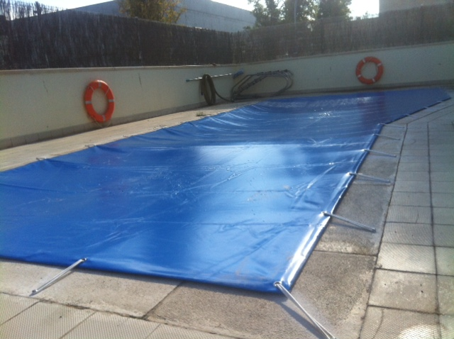 Cubierta piscina zaragoza soler y romero jardineria for Piscina cubierta zaragoza