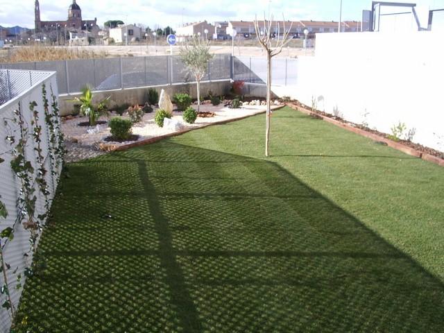 Jardines zaragoza 26 soler y romero jardineria for Jardin zaragoza