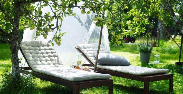 Puesta a punto de balcones terrazas y jardines soler y - Tumbonas jardin ikea ...