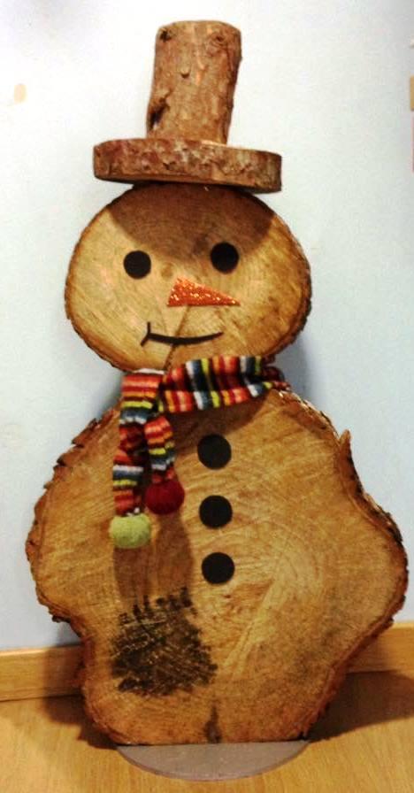 Decoracion navide a con madera natural for Decoracion madera natural